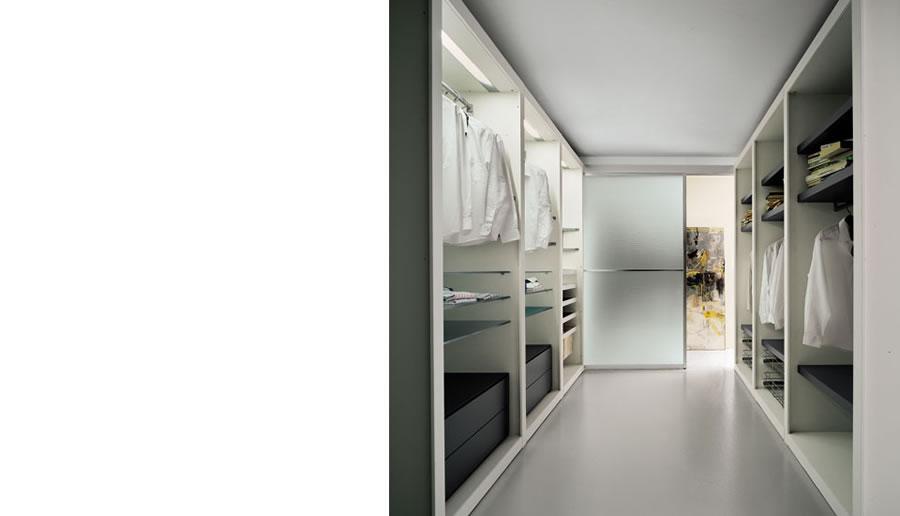 Illuminazione Corridoio Stretto ~ Ispirazione design casa